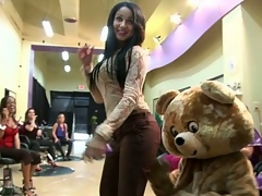 bear dancing