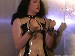 latex submissive